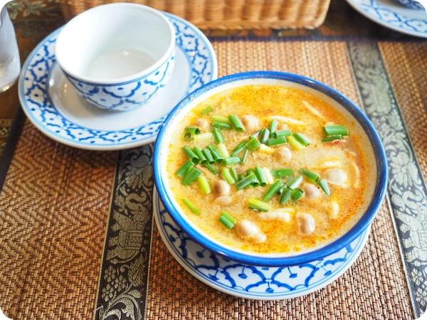 半田市タイ料理ライ・タイ